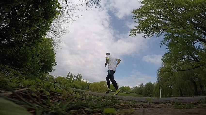 Laufen mit Barfußschuhen